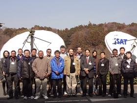 スカパーJSAT 横浜衛星管制センターでの集合写真